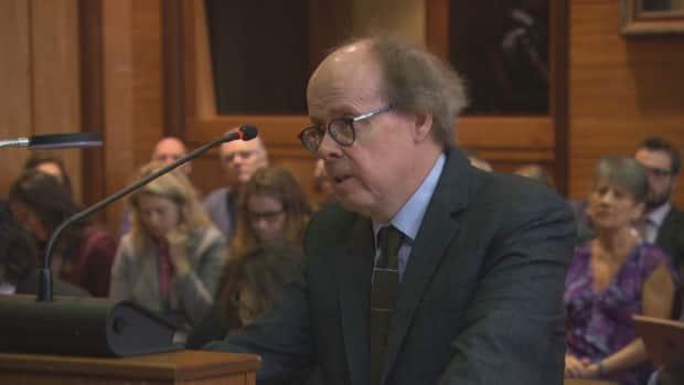 Justice Canada chief counsel Robert Frater is seen here arguing before the Federal Court in 2019. Frater is the lead counsel for the Crown in the Meng Wanzhou case.