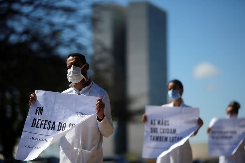 Resident doctors protest against the lack of salaries' payment in front of the Ministry of Health, amid the coronavirus disease (COVID-19) outbreak, in Brasilia