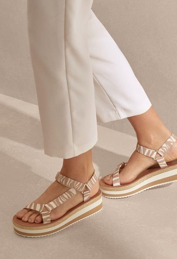 """<p><strong>Just Fab</strong></p><p>justfab.com</p><p><strong>$10.00</strong></p><p><a href=""""https://go.redirectingat.com?id=74968X1596630&url=https%3A%2F%2Fwww.justfab.com%2Fproducts%2FAnything-Could-Happen-Platform-Sandal-WE2041072-0506&sref=https%3A%2F%2Fwww.cosmopolitan.com%2Fstyle-beauty%2Ffashion%2Fg33379776%2Fbest-online-gifts%2F"""" rel=""""nofollow noopener"""" target=""""_blank"""" data-ylk=""""slk:Shop Now"""" class=""""link rapid-noclick-resp"""">Shop Now</a></p><p>How cool would it be if you bought them a pair of shoes every month for the rest of the year? Well, you can with a Just Fab membership.</p>"""