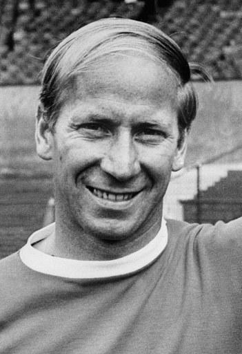 Bobby Charlton must have been a fan of Dylan Thomas, as he did not let his hair go gentle into that good night. Still, that combover is a truly hideous example of somebody who just refuses to give in to the dictates of nature.