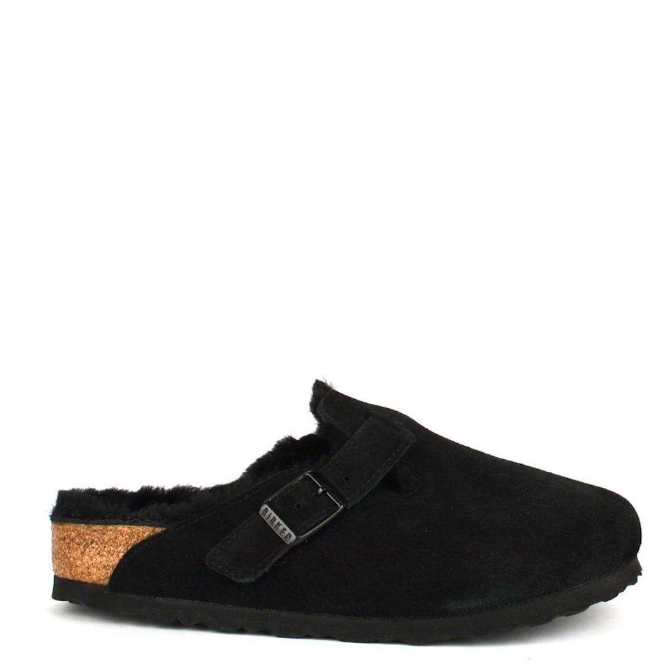 "<p><a class=""link rapid-noclick-resp"" href=""https://go.redirectingat.com?id=127X1599956&url=https%3A%2F%2Fwww.birkenstock.com%2Fgb%2Fboston-suede-leather%2Fboston-shearling-suedeleather-0-eva-u_49.html%3Fdwvar_boston-shearling-suedeleather-0-eva-u__49_color%3D49%25EF%25BB%25BF&sref=https%3A%2F%2Fwww.harpersbazaar.com%2Fuk%2Ffashion%2Fwhat-to-wear%2Fg34857668%2Ffluffy-slippers%2F"" rel=""nofollow noopener"" target=""_blank"" data-ylk=""slk:SHOP NOW"">SHOP NOW</a></p><p>A style you can pair with your pyjamas or jeans, the Boston Shearling clogs by Birkenstock are a cult classic that you can wear day in, day out. </p><p>Boston shearling, £135, <a href=""https://www.birkenstock.com/gb/boston-suede-leather/boston-shearling-suedeleather-0-eva-u_49.html?dwvar_boston-shearling-suedeleather-0-eva-u__49_color=49%EF%BB%BF"" rel=""nofollow noopener"" target=""_blank"" data-ylk=""slk:Birkenstock"" class=""link rapid-noclick-resp"">Birkenstock</a></p>"