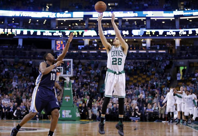 R.J. Hunter is back with the Celtics