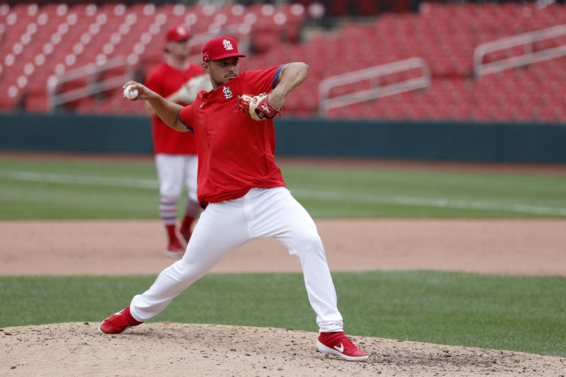 Cardinals reliever Hicks opts out of playing; has diabetes