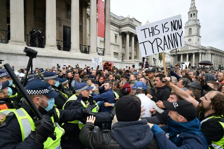 Skirmishes as thousands attend London anti-lockdown rally