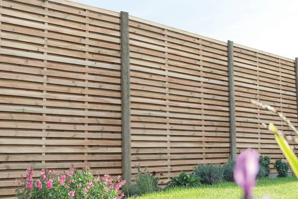 Garden fence ideas: Wickes_Forest Garden Contemporary Double Slatted Fence Panel