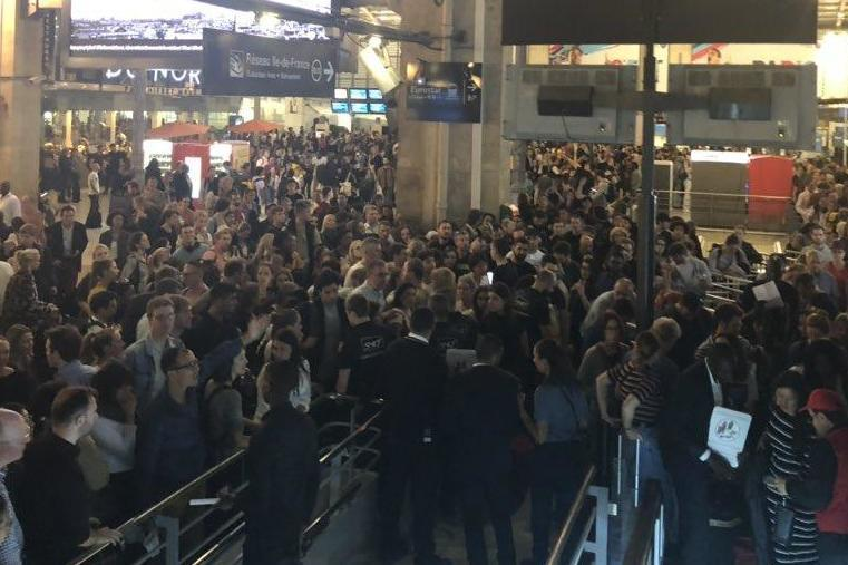 'Chaos at the Gare du Nord': Passengers were left waiting for hours on Sunday: @DeaGdavies