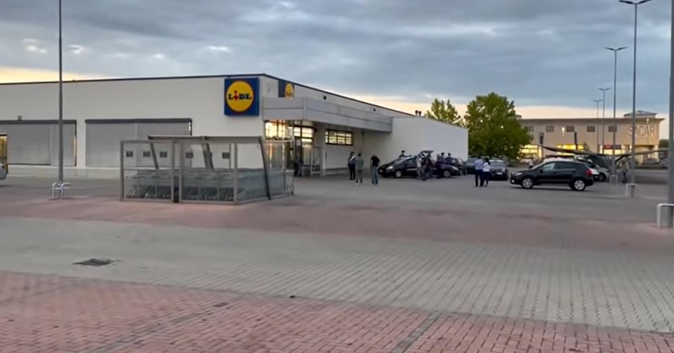 The Lidl supermarket where Katalin Erzsebet Bradacs the mother who allegedly killed her son. Source: Newsflash/ Australscope