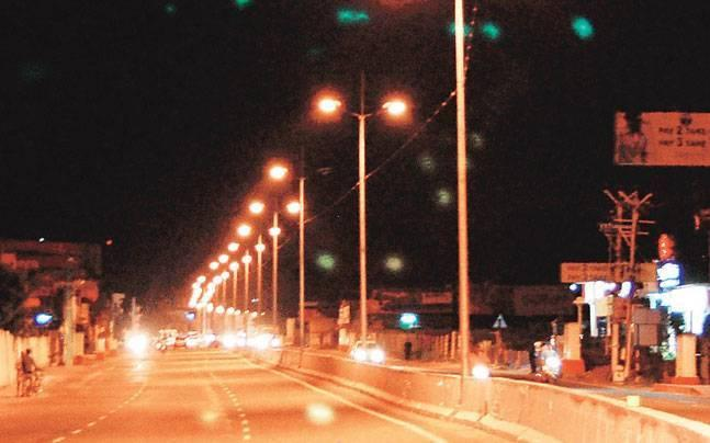 Delhi Commission for Women issues notice to SDMC over absence of street lights