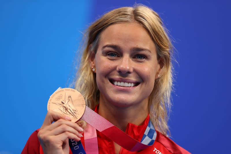 Swimming - Women's 50m Freestyle - Medal Ceremony