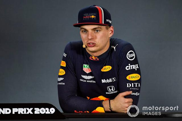 """Max Verstappen, Red Bull Racing, in conferenza stampa nel post qualifiche <span class=""""copyright"""">Gareth Harford / Motorsport Images</span>"""