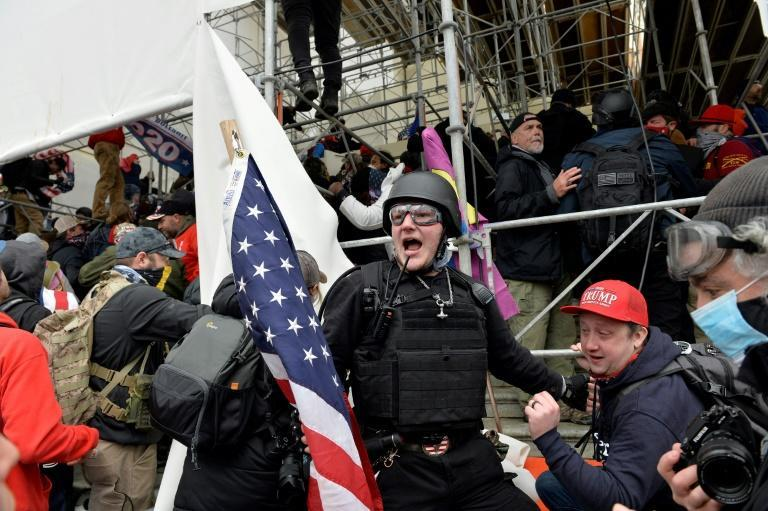 Participants in the storming of the US Congress came with helmets, gas masks, shields and climbing gear