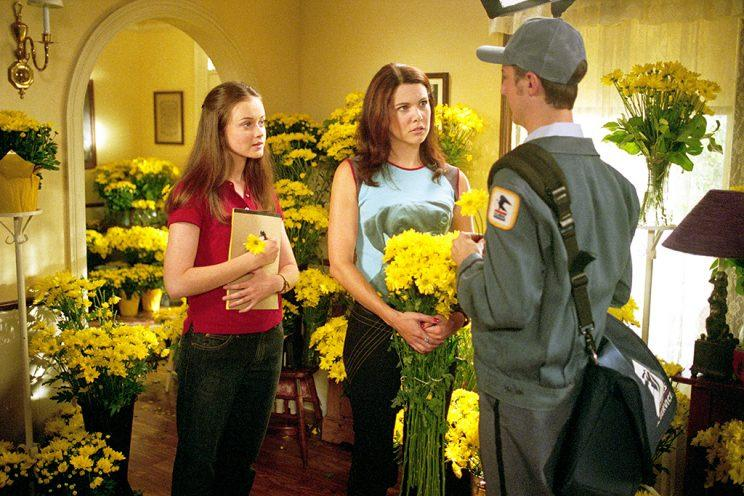 Alexis Bledel, Lauren Graham, and Sean Gunn (Credit: Everett Collection)