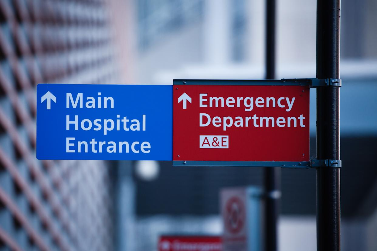 Signs point to the emergency department of the Royal London Hospital in London, England, on January 9, 2021. Mayor of London Sadiq Khan yesterday declared a 'major incident' for the city over coronavirus pressures, warning that hospitals could soon be overwhelmed with patients with covid-19. (Photo by David Cliff/NurPhoto via Getty Images)