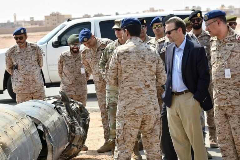 US Assistant Secretary of Near Eastern Affairs David Schenker (2nd-R) is shown purported Iranian weapons seized by Saudi forces from Yemen's Huthi rebels, during a visit to a military base in Al-kharj in central Saudi Arabia, on Thursday