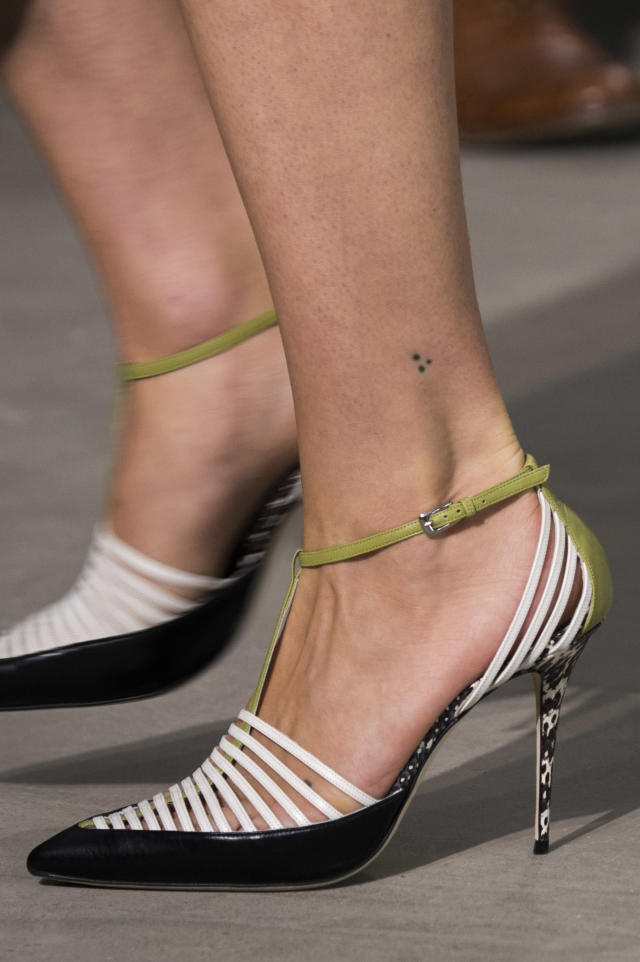<p><i>White, green, and black strap heels from the SS18 Jason Wu collection. (Photo: ImaxTree) </i></p>