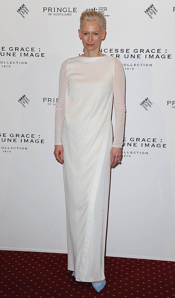 It's a Tuscan column... It's a roll of paper towels... Nope, it's just Tilda Swinton in yet another bed sheet. (3/5/2013)