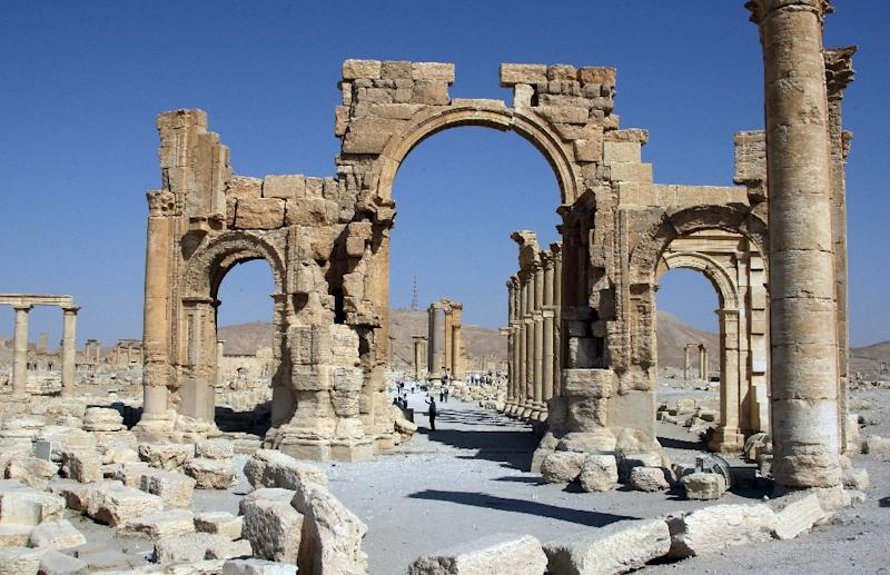 The Arch of Triumph in the UNESCO-listed world heritage site of Palmyra, shown before its destruction by Islamic State militants (AFP Photo/)