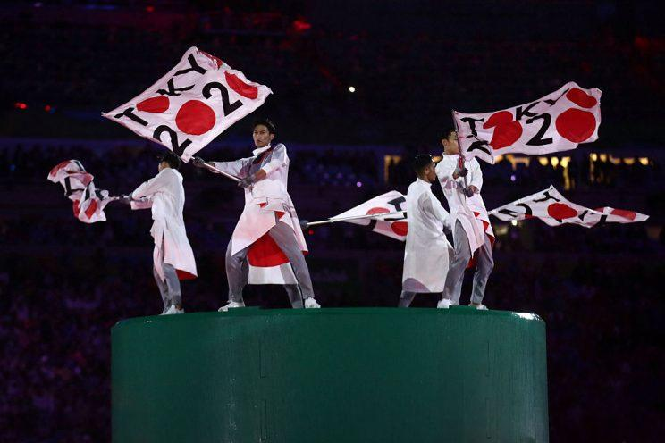 Tokyo 2020 gets some love during the Rio Closing Ceremony. (Getty)