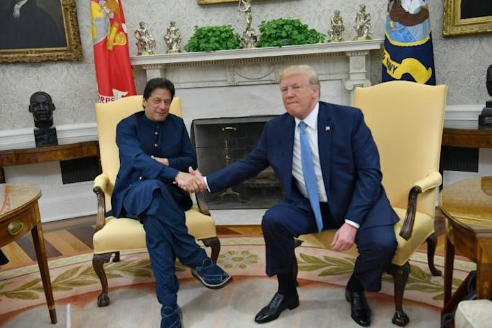 In addition to resuming the military training program, US President Donald Trump hosted Pakistani Prime Minister Imran Khan (L, pictured July 2019) at the White House in a sign of warming relations between Washington and Islamabad (AFP Photo/Nicholas Kamm)