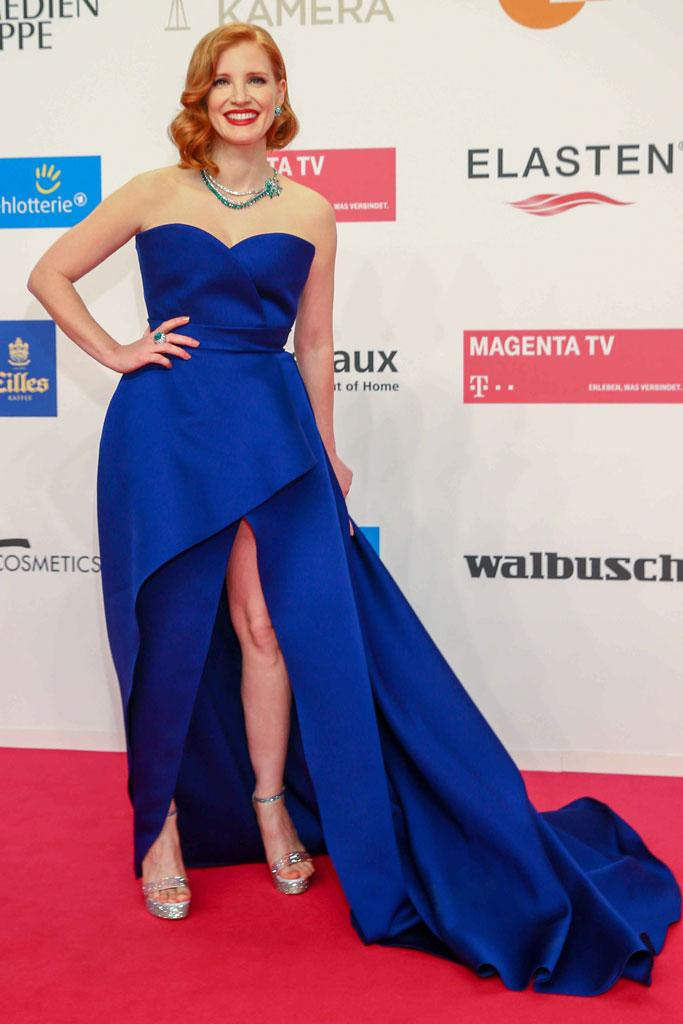 4dbac6242473 Jessica Chastain Wears the Leggiest Gown With Soaring Sandals at the ...