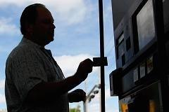 Crude's pain is consumer's gain: Gas hits 2013 low