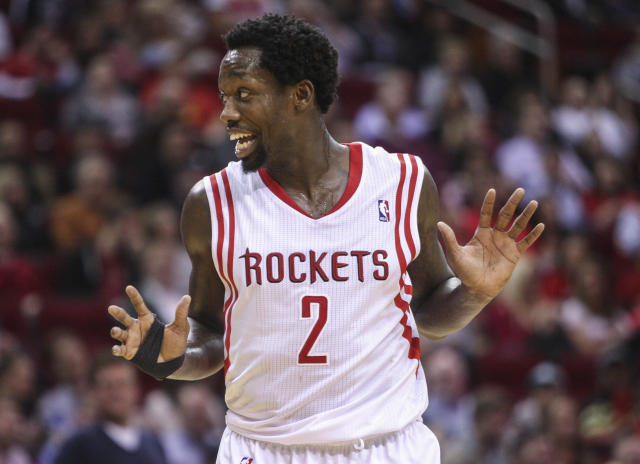 Patrick Beverley is Bane now, trains in intense breathing mask (Photo)