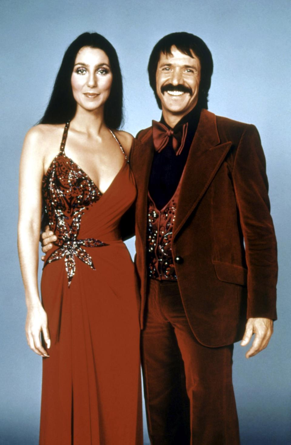 "<h1 class=""title"">THE SONNY AND CHER SHOW, from left: Cher, Sonny Bono, 1976-77.</h1><cite class=""credit"">Courtesy Everett Collection</cite>"