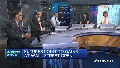 David Lebovitz, JPMorgan Asset Management global market strategist, and Mike Ryan, UBS chief investment strategist, provide their thoughts on Fed policy ahead of the gathering of central bankers at the economic symposium in Wyoming. A lot is going to d...