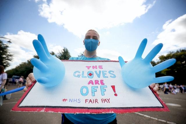 NHS national pay protest