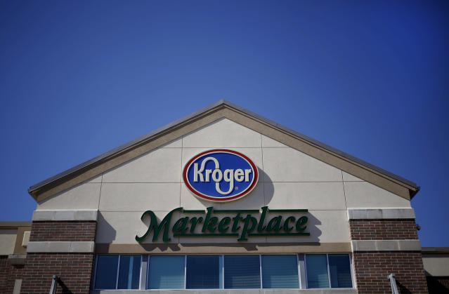 A Kroger Co. grocery store in Lexington, Kentucky, U.S., on Wednesday, Oct. 8, 2014. (Photo: Luke Sharrett/Bloomberg via Getty Images)