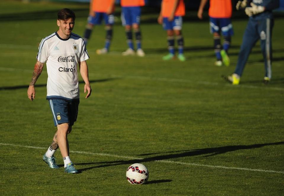 Argentina's Leonel Messi, seen during a training session in La Serena, Chile, on June 9, 2015, ahead of the Copa America tournament (AFP Photo/-)