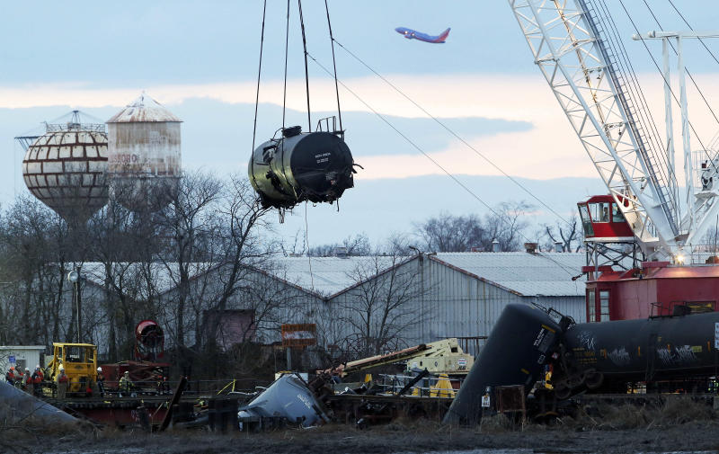 Report: NJ train moving slowly when it derailed