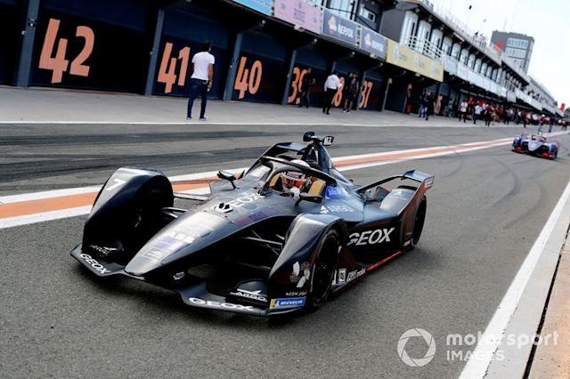 "Nico Müller, Dragon Racing, Penske EV-4 exits the pit lane <span class=""copyright"">Sam Bloxham / Motorsport Images</span>"