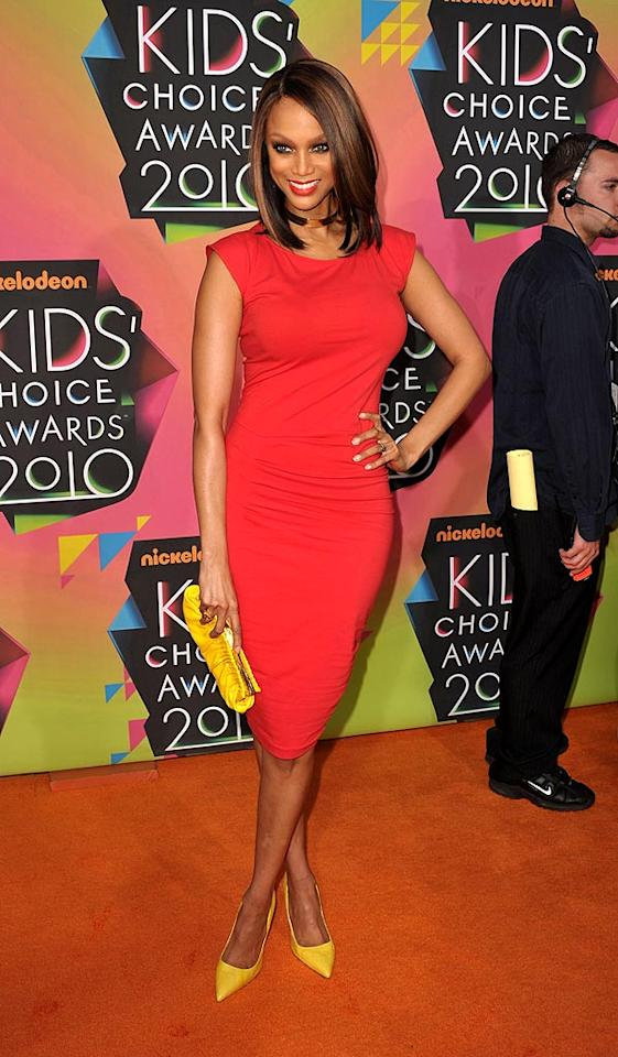 """""""America's Next Top Model"""" hostess with the mostest Tyra Banks looked surprisingly chic in her Ronald McDonald-like getup. John Shearer/<a href=""""http://www.wireimage.com"""" target=""""new"""">WireImage.com</a> - March 27, 2010"""