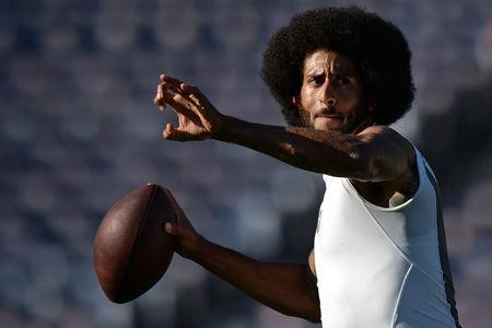 FILE PHOTO: Sep 1, 2016; San Diego, CA, USA; San Francisco 49ers quarterback Colin Kaepernick (7) throws a pass before the game against the San Diego Chargers at Qualcomm Stadium. Mandatory Credit: Jake Roth-USA TODAY Sports / Reuters Picture Supplied by Action Images (TAGS: Sport American Football NFL) *** Local Caption *** 2016-09-02T005230Z_1347162236_NOCID_RTRMADP_3_NFL-PRESEASON-SAN-FRANCISCO-49ERS-AT-SAN-DIEGO-CHARGERS.JPG