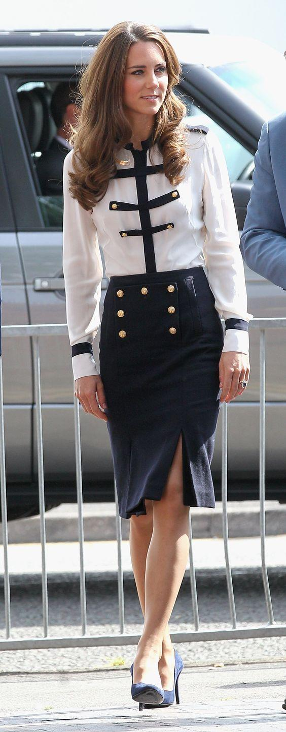 <p>With this nautical-inspired button detailing, Kate is ready for any sailing expedition she might embark on—although that skirt probably isn't too practical for the open seas. </p>