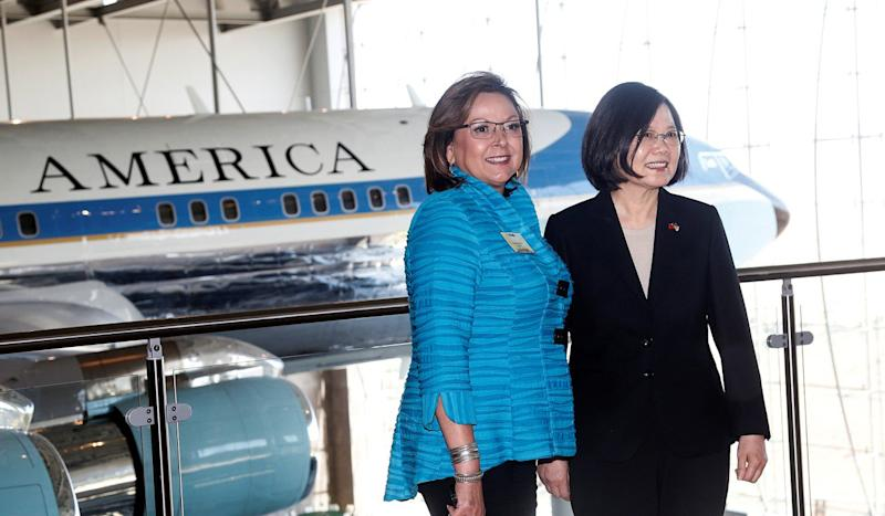 Warm, high-profile welcome for Taiwanese president in the United States