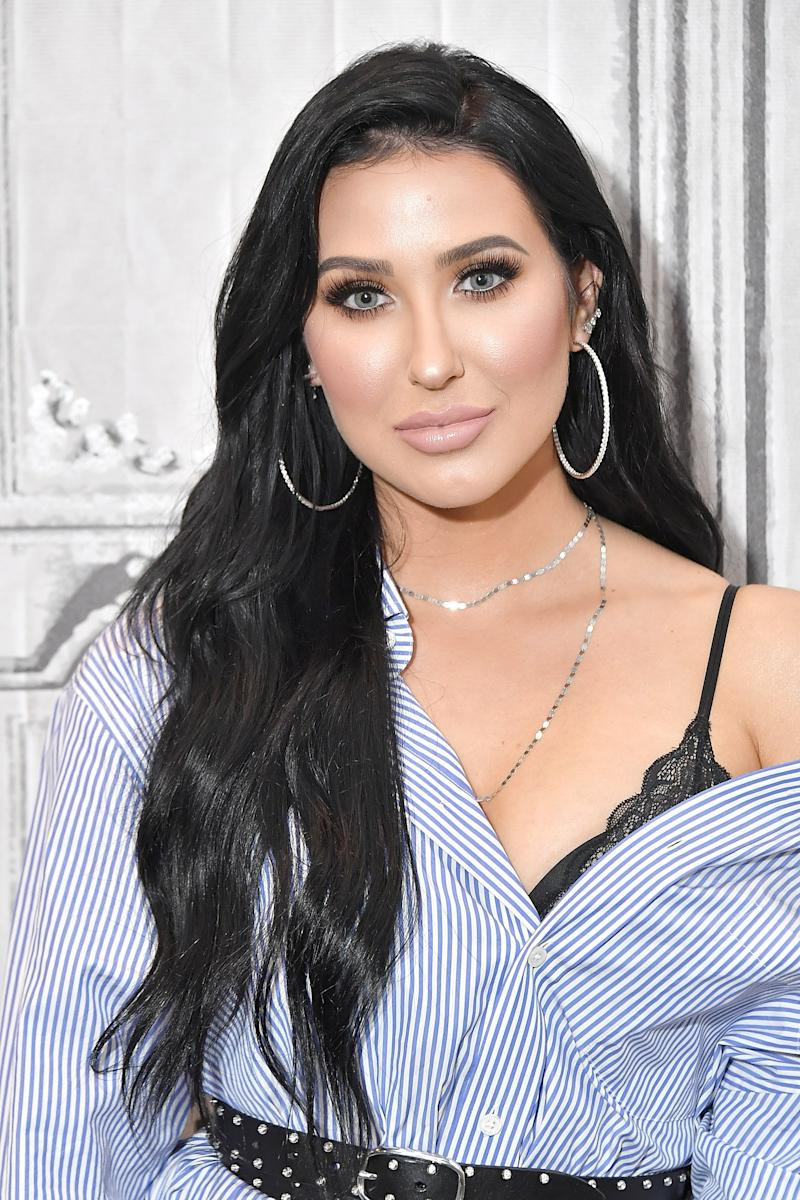 3326e242a095 Jaclyn Hill Says She May Quit YouTube Over