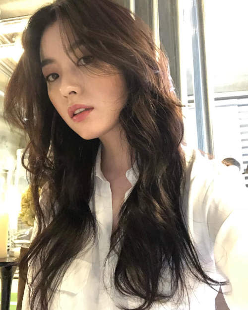 Han Hyo-joo is one of the most popular actresses in South Korea.