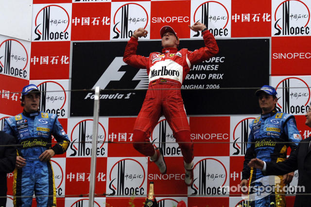 "37- Fernando Alonso, 2º en el GP de China 2006 con Renault <span class=""copyright"">Ferrari Media Center</span>"