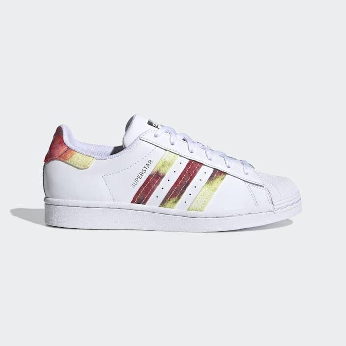"""<p><strong>adidas</strong></p><p>adidas.com</p><p><strong>$90.00</strong></p><p><a href=""""https://go.redirectingat.com?id=74968X1596630&url=https%3A%2F%2Fwww.adidas.com%2Fus%2Fsuperstar-shoes%2FFY7250.html&sref=https%3A%2F%2Fwww.cosmopolitan.com%2Fstyle-beauty%2Ffashion%2Fg35681726%2Fexpensive-items-on-sale-hauliday%2F"""" rel=""""nofollow noopener"""" target=""""_blank"""" data-ylk=""""slk:Shop Now"""" class=""""link rapid-noclick-resp"""">Shop Now</a></p><p>Ugh, these classic Superstar sneaks with that cool tie-dye twist are just too good.<strong><br></strong></p><p><strong>How to score the deal: </strong>Take 20% off purchases of $100 or more with the code HAULIDAY.</p>"""