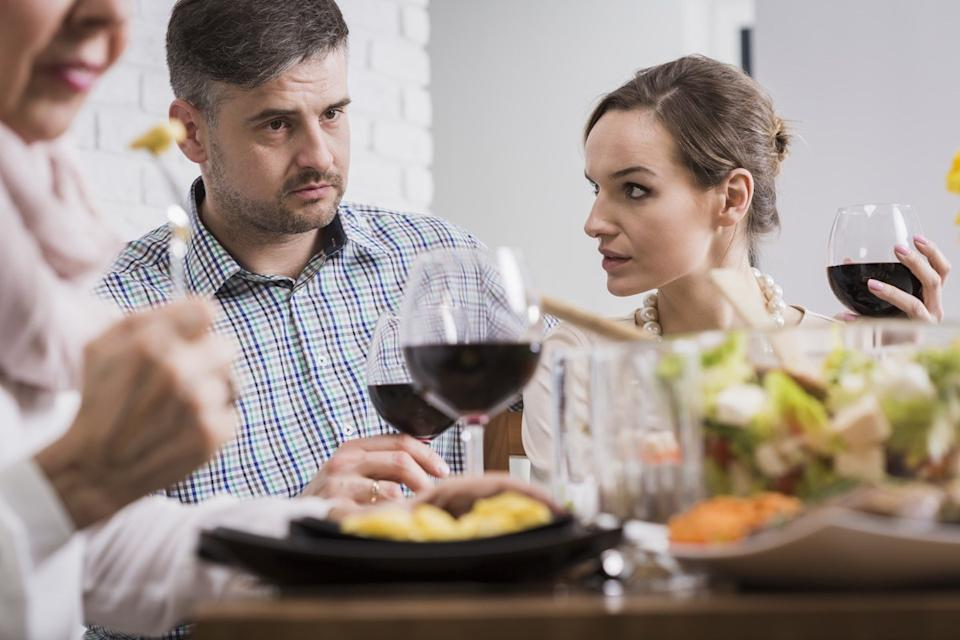 Family Fighting Dealing with Holiday Stress, things you should never say to your spouse