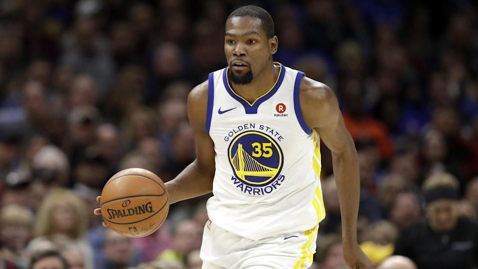 Golden State Warriors' Kevin Durant drives against the Cleveland Cavaliers in the second half of an NBA basketball game, in Cleveland Warriors Cavaliers