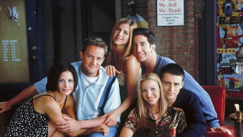 'Friends' Fan to Get Paid $1000 to Binge-Watch the American Sitcom for 25 Hours, US Frontier Communications Begins Contest for Show's 25th Anniversary