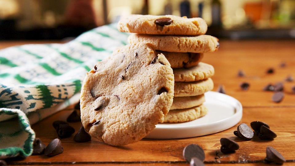 """<p>Keto-friendly? We got you.</p><p>Get the recipe from <a href=""""https://www.delish.com/cooking/recipe-ideas/a25752891/keto-chocolate-chip-cookie-recipe/"""" rel=""""nofollow noopener"""" target=""""_blank"""" data-ylk=""""slk:Delish"""" class=""""link rapid-noclick-resp"""">Delish</a>.</p>"""