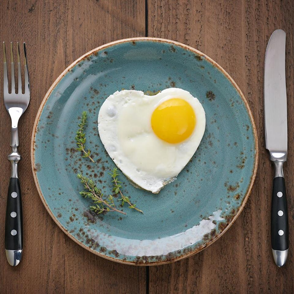 """<p>Breakfast can seem like a chore. For starters, it can be hard to find time to make something when you're rushing off to work. Plus, if you're on a diet where restrictions apply, it can be even <em>harder</em>, especially if the diet is keto. Most breakfast foods are high in carbs (think: pastries, muffins, cereals, oatmeal, etc.), so when you're on the keto diet and you're <a href=""""https://www.shape.com/healthy-eating/diet-tips/whats-the-keto-diet"""" target=""""_blank"""">keeping your carb count as low as 25 net carbs per day</a>, your go-tos are likely off-limits.</p> <p>Luckily, you can still enjoy breakfast foods worth waking up for when you're on the keto diet. Here are seven recipes to keep on hand for quick and easy morning grub.</p>"""