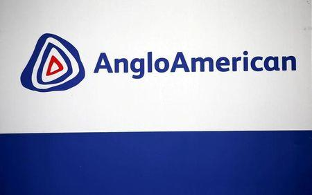 FILE PHOTO: The Anglo American logo is seen in Rusternburg