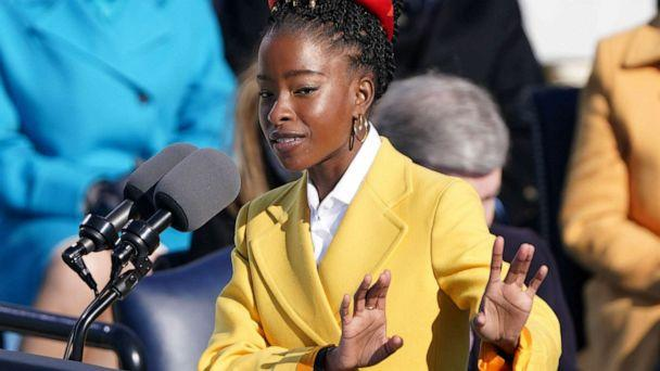 PHOTO: Amanda Gorman recites a poem during the inauguration of Joe Biden as the 46th President of the United States on the West Front of the U.S. Capitol in Washington, D.C., Jan. 20, 2021. (Kevin Lamarque/Reuters)