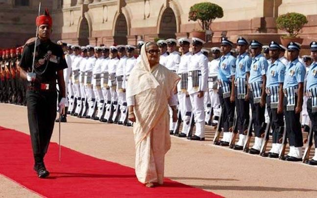 Sheikh Hasina accorded ceremonial welcome at Rashtrapati Bhavan, to hold bilateral meet with Modi