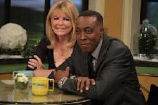 Cheryl Tiegs and Arsenio Hall visit Access Hollywood Live, Burbank, Calif., January 4, 2011 -- Access Hollywood